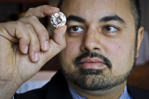 50-carat diamond sells for a song